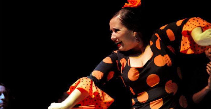 Talita-Sanchez-Tablado-Flamenco-no-Rio-abanico
